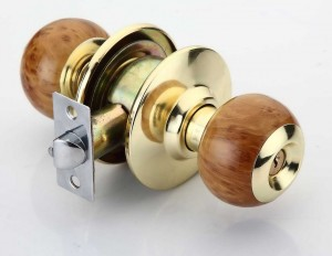 deluxe-idea-door-lock-knob