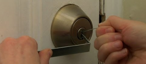How to Open Kwikset Smart Key Lock in 10 Seconds | Paul Sandberg